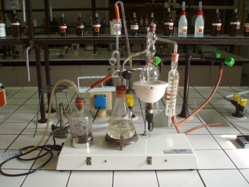 Determinazione dell'acidità volatile di un vino