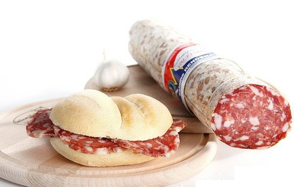 Salame all'aglio