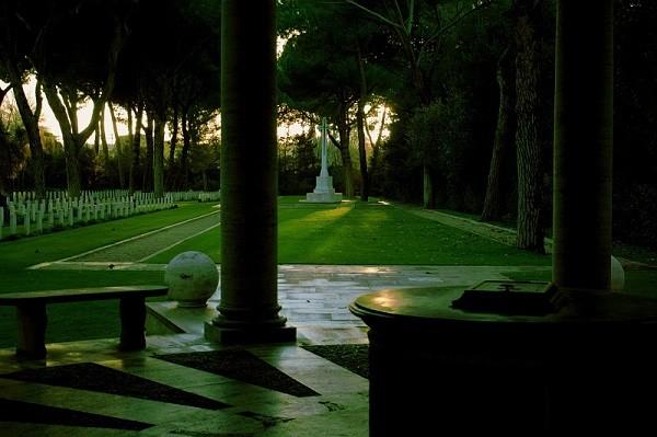 Giardini e Parchi storici: il caso del sacrario militare Tedesco di Pomezia