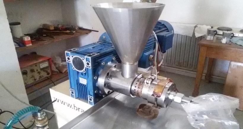 estrazione meccanica olio tabacco semi